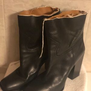 Saint Laurent black leather boots distressed 39.5